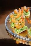 Πρόχειρο φαγητό του αβοκάντο με τις γαρίδες Στοκ εικόνα με δικαίωμα ελεύθερης χρήσης