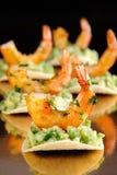 Πρόχειρο φαγητό του αβοκάντο με τις γαρίδες Στοκ Φωτογραφία