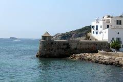 Πρόχωμα στο λιμένα της πόλης τουριστών Ibiza στοκ εικόνα με δικαίωμα ελεύθερης χρήσης