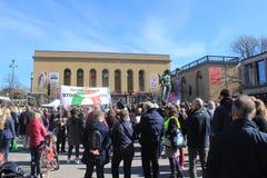 Πρώτα μπορέστε εορτασμοί στο Γκέτεμπουργκ, Σουηδία, κοινωνικοί δημοκράτες, πλήθη, πολιτική συλλογή στοκ εικόνες