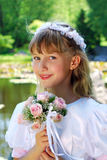 πρώτο κορίτσι κοινωνίας που πηγαίνει ιερό Στοκ εικόνα με δικαίωμα ελεύθερης χρήσης