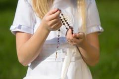 πρώτο κορίτσι κοινωνίας π&omicr Στοκ Φωτογραφία
