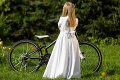 πρώτο κορίτσι κοινωνίας π&omicr Στοκ Εικόνα