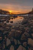 Πρώτο νερό στο κατώτατο σημείο του ποταμού Στοκ φωτογραφία με δικαίωμα ελεύθερης χρήσης
