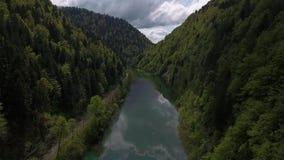 Πτήση επάνω επάνω από το Doubs απόθεμα βίντεο