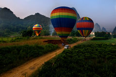 Πτήση VI μπαλονιών Yangshuo Στοκ Εικόνες
