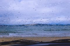 Πτώσεις βροχής στο αυτοκίνητο windsheild Παραλία του Κίνγκστον, Χόμπαρτ, Tasman Στοκ Φωτογραφίες