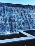 πτώσεις παγωμένες Στοκ φωτογραφίες με δικαίωμα ελεύθερης χρήσης