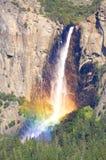 Πτώσεις Yosemite στο εθνικό πάρκο Yosemite Στοκ εικόνα με δικαίωμα ελεύθερης χρήσης