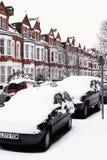 Πτώση ισχυρής χιονόπτωσης που καλύπτει τα αυτοκίνητα Στοκ Φωτογραφίες
