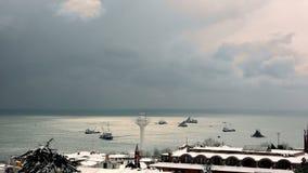 Πτώση και χιονοθύελλα ισχυρής χιονόπτωσης στη Ιστανμπούλ απόθεμα βίντεο