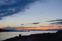 Πτώση κατά άσπρη θάλασσα Στοκ φωτογραφία με δικαίωμα ελεύθερης χρήσης