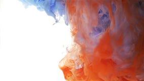 Πτώση μελανιού χρώματος Αργό falll Ανοικτό μπλε, πορτοκαλής, κόκκινος απόθεμα βίντεο