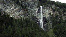 Πτώση νερού Jungfernsprung φιλμ μικρού μήκους