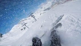 Πτώση σκι στην κλίση Solden στο πάρκο Αυστρία διασκέδασης Στοκ εικόνες με δικαίωμα ελεύθερης χρήσης