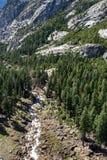 Πτώση της Νεβάδας στο εθνικό πάρκο Yosemite, Καλιφόρνια, ΗΠΑ Στοκ Φωτογραφίες