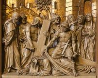 Πτώση των Βρυξελλών - του Ιησού κάτω από το σταυρό - ανάγλυφο στοκ εικόνα με δικαίωμα ελεύθερης χρήσης