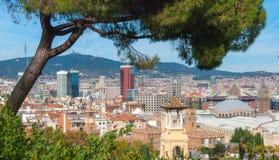 Πυκνή αστική κατάκλιση πόλεων ` s της Βαρκελώνης των κτηρίων Στοκ Εικόνες