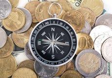 Πυξίδα στα νομίσματα Στοκ Φωτογραφία