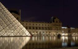 πυραμίδα ανοιγμάτων εξαερισμού της Γαλλίας Στοκ εικόνα με δικαίωμα ελεύθερης χρήσης