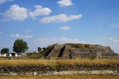 Πυραμίδα Γ, archeological περιοχή της Τούλα, Μεξικό Στοκ εικόνα με δικαίωμα ελεύθερης χρήσης