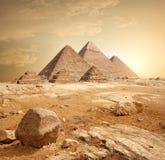 Πυραμίδα στην άμμο στοκ εικόνα με δικαίωμα ελεύθερης χρήσης
