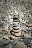 Πυραμίδα των χαλικιών στην παραλία Στοκ φωτογραφία με δικαίωμα ελεύθερης χρήσης