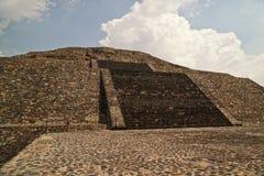 πυραμίδα φεγγαριών Στοκ φωτογραφία με δικαίωμα ελεύθερης χρήσης