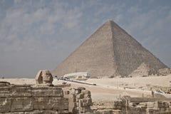 Πυραμίδα και Sphinx στοκ φωτογραφίες