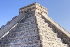 Πυραμίδα της Maya σε Chichen Itza Στοκ Φωτογραφίες