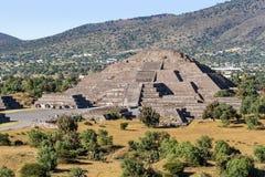 πυραμίδα φεγγαριών teotihuacan Στοκ Εικόνες