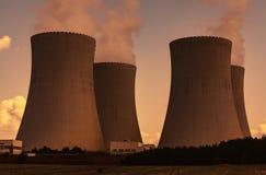 Πυρηνικός σταθμός στοκ εικόνες