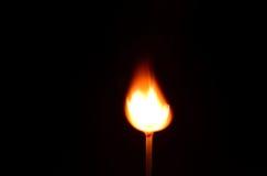 Πυρκαγιά αντιστοιχιών που απομονώνεται στο μαύρο υπόβαθρο Στοκ φωτογραφίες με δικαίωμα ελεύθερης χρήσης