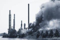 πυρκαγιά βιομηχανική Στοκ φωτογραφία με δικαίωμα ελεύθερης χρήσης