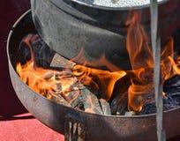 Πυρκαγιά για το μαγείρεμα υπαίθριο Στοκ Εικόνες