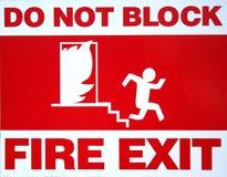 πυρκαγιά εξόδων Στοκ εικόνα με δικαίωμα ελεύθερης χρήσης