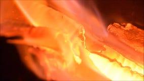 Πυρκαγιά εστιών, φλόγες, καίγοντας πυρκαγιά φιλμ μικρού μήκους
