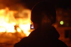 Πυρκαγιά/κάψιμο/πυροσβέστες/πυρκαγιά, άνθρωποι στην πυρκαγιά Στοκ φωτογραφία με δικαίωμα ελεύθερης χρήσης