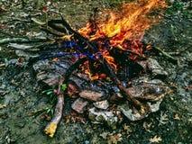 Πυρκαγιά μέσα σε μια φλόγα στοκ εικόνα με δικαίωμα ελεύθερης χρήσης