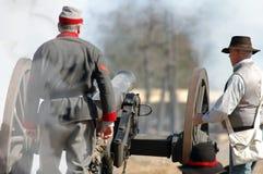 πυρκαγιά πυροβόλων στοκ εικόνα με δικαίωμα ελεύθερης χρήσης