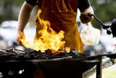 πυρκαγιά σιδηρουργών στοκ φωτογραφία με δικαίωμα ελεύθερης χρήσης