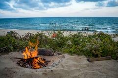 Πυρκαγιά στην παραλία στη Μαύρη Θάλασσα Στοκ Εικόνα