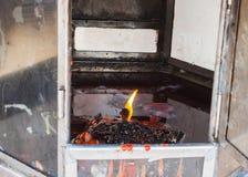 Πυρκαγιά στους λαμπτήρες αναμμένους, ναός Ταϊλάνδη Στοκ φωτογραφίες με δικαίωμα ελεύθερης χρήσης
