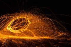 Πυρκαγιά POI/περιστρεφόμενο μαλλί χάλυβα Στοκ Φωτογραφίες