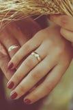 Πυροβολισμός γαμήλιων δαχτυλιδιών Στοκ Εικόνα