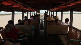 Πυροβολισμός στην κίνηση από την καμπίνα της βάρκας Βιετνάμ φιλμ μικρού μήκους
