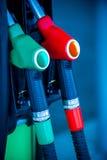 Πυροβόλα όπλα αντλιών καυσίμων Στοκ φωτογραφία με δικαίωμα ελεύθερης χρήσης