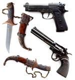 Πυροβόλα όπλα και μαχαίρια Στοκ εικόνες με δικαίωμα ελεύθερης χρήσης