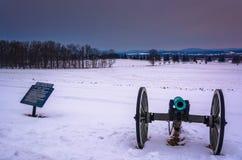 Πυροβόλο σε έναν χιονισμένο τομέα σε Gettysburg, Πενσυλβανία Στοκ Εικόνες