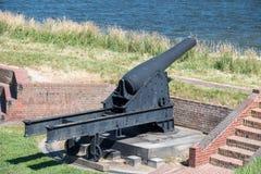 Πυροβόλο στη mchenry σημαία της Βαλτιμόρης ΗΠΑ οχυρών στοκ εικόνες